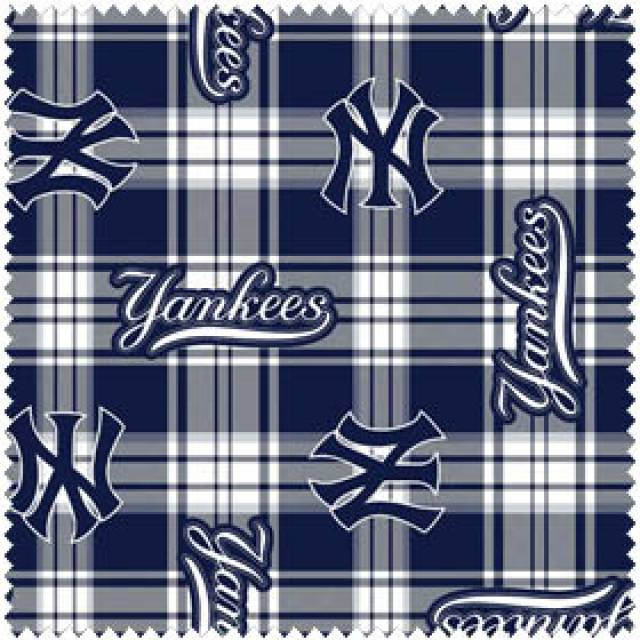 MLB New York Yankees Plaid Fleece
